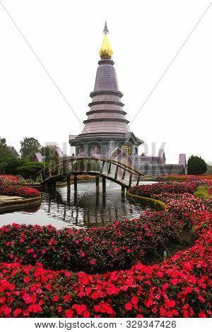 Pra Mahatat Noppamethanedon And Pra Mahatat Nopphonphusiri ,doi Inthanon ,chiang Mai ,thailand.
