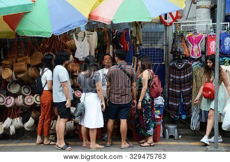 Bali, Indonesia- 18 Oct, 2019: Tourist Sightseeing At Ubud Market In Bali For Tradition Handcraft Pr