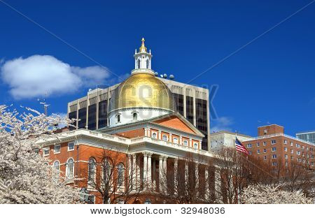 Massachusetts State House which is located in the Beachon Hill neigbhorhood of Boston is the state capitol and house of government of Massachusetts.