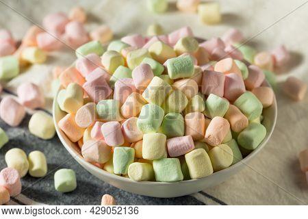 Sweet Rainbow Fruity Mini Marshmallows