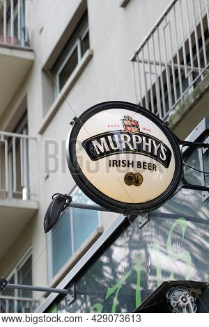 Bordeaux , Aquitaine France - 07 30 2021 : Murphy\'s Irish Beer Pub Text Logo And Brand Sign Bar On