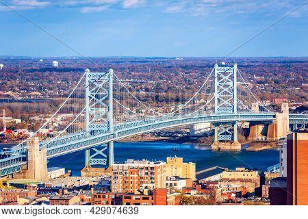 Benjamin Franklin Bridge Spanning the Delaware RIver from Philadelphia to Camden, New Jersey.