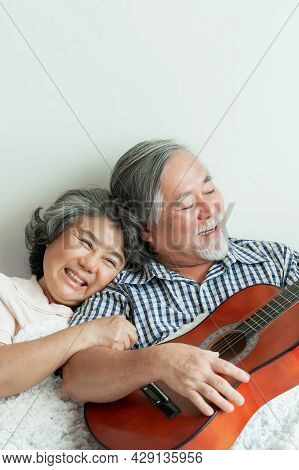 Happy Love Elderly Couple Smile Face, Senior Couple Old Man And Senior Woman Relax Playing Acoustic