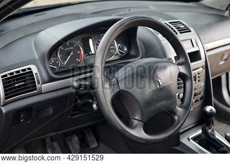 Berlin - April 2014: Peugeot 407 2003-2010 Sedan Pre Facelift Interior Dashboard Cockpit Steering Wh