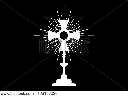 Monstrance. Ostensorium Used In Roman Catholic, Old Catholic And Anglican Ceremony Traditions. Bened
