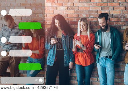 Mobile Group Chat Messenger App Friends Phone Sms