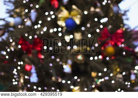 Defocus The Christmas Tree With Christmas Balls.