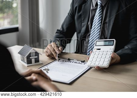 Employees Use The Calculator To Calculate Monthly Rent For Tenants And Explain Renting Details And C
