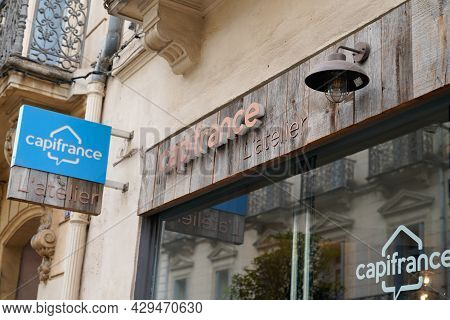 Montpellier , Occitanie France  - 06 25 2021 : Capifrance L'atelier Logo Brand And Text Sign Realtor