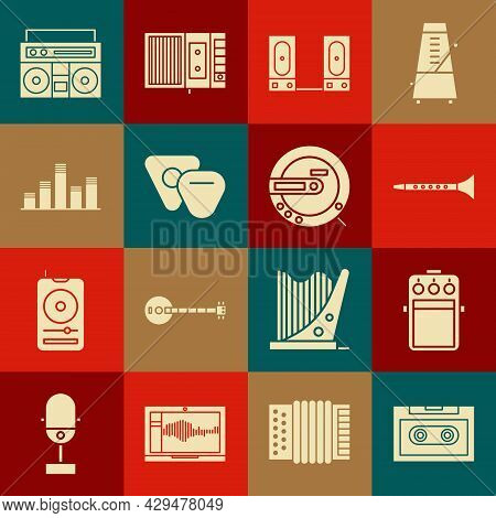 Set Retro Audio Cassette Tape, Guitar Pedal, Clarinet, Stereo Speaker, Pick, Music Equalizer, Home S