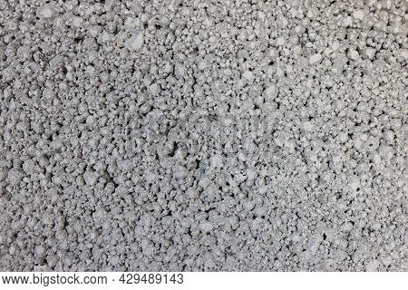 Expanded Clay Concrete Blocks For Foundation And Lightweight Aggregate Blocks