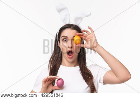 Easter, Holidays And Spring Concept. Close-up Portrait Of Amused, Enthusiastic Young Woman In Rabbit