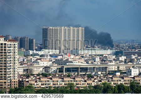 Fire With Lots Of Buildings Surrounded Horizontal