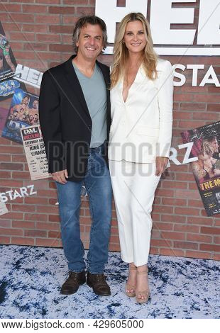 LOS ANGELES - AUG 08: Bonnie Somerville and Dave McClain arrives for the STARZ 'Heels' Los Angeles Premiere on August 08, 2021 in Los Angeles, CA