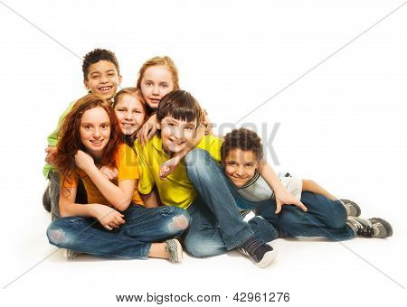 Group Of Diversity Looking Kids