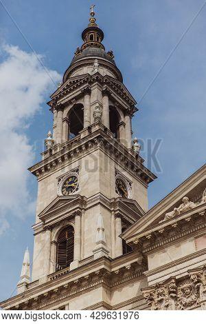 Architecture St. Stephens Basilica, Roman Catholic Basilica In Budapest, Hungary.