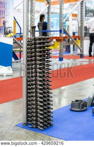 Casting Tree Stack Iron Parts With Gating System Riser Runner And Pouring Cup From Shell Mold Or Gre