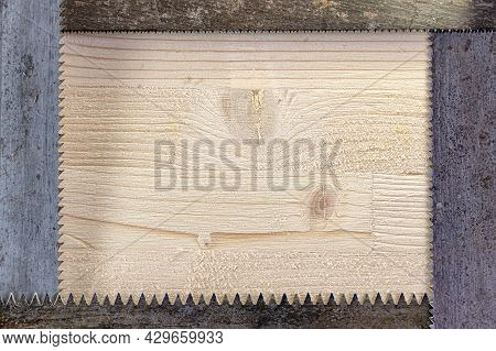 The Saw Blades For Wood Are Laid In A Rectangle With The Teeth Inward, Forming A Frame. Light Wood I
