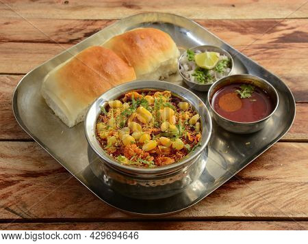 Corn Misal Pav Is A Special Dish In Maharashtra, India. The Dish Is Eaten For Breakfast Or As A Midd