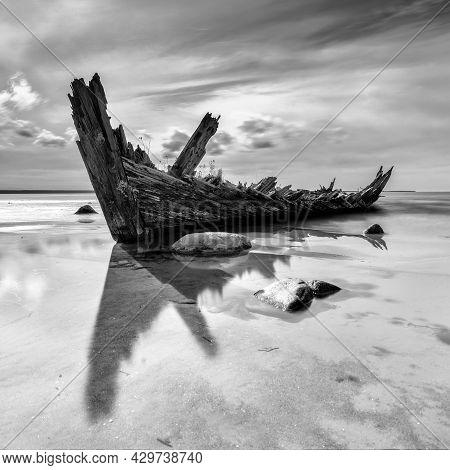 Loksa, Estonia - 8 August, 2021: Black And White View Of The Raketa Shipwreck In The Gulf Of Finland