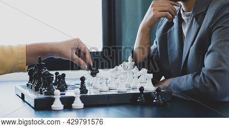 The Hands Of Businesswomen Two People Moving Chess In Chess Competitions Demonstrate Leadership, Fol