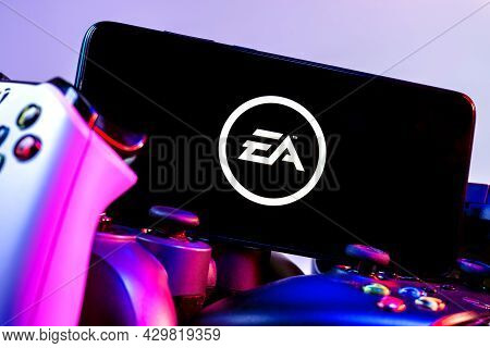 Kazan, Russia - August 14, 2021:  Electronic Arts Inc. Is An American Video Game Company. A Smartpho