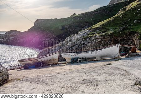 An Port, County Donegal, Ireland - August 11 2021 : Vessels Lying At The Harbour