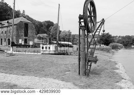 Cotehele Quay