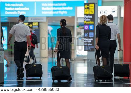 Barcelona, Spain: 2021 August 12: Tourists At Barcelona El Prat Airport In Summer 2021 In Times Of C