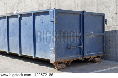 Metal Durable Blue Industrial Trash Bin For Outdoor Trash At Construction Site. Large Waste Basket F