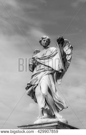 Statue At Aelian Bridge Also Known Unter Name Bridge Of The Holy Angels Which Lead To The Castel San