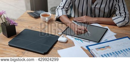 Young Business Woman Hands Holding Pen Stylus And Working On Black Digital Tablet Pc With Laptop Com