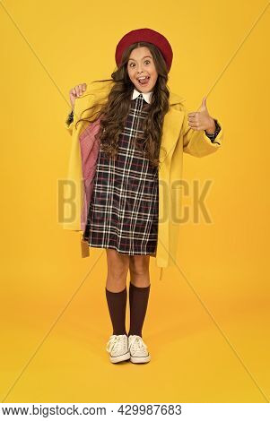 Best Day Ever. Wearing Autumn Raincoat. Back To School. Retro Girl Wear Uniform And Parisian Beret.