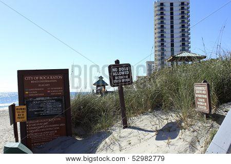 Boca Raton Beach Signs