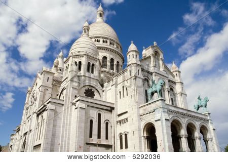 Sacre Coeur Basilica In Montmatre, Paris