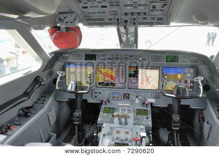 Corporate Jet Glass Cockpit