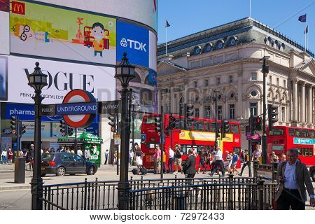 London, Piccadilly Circus.