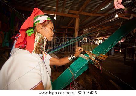 Seniors Kayan Lahwi Girl Is Weaving.