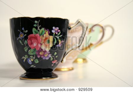 Antique Tea Cups Echo