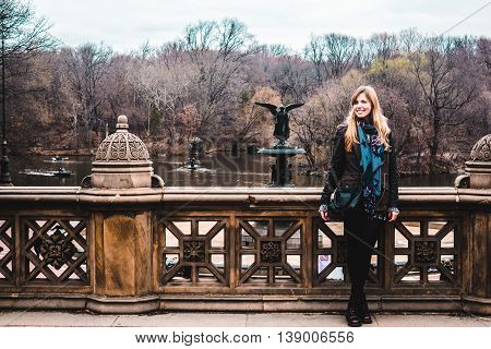Gir In Front Ot Bethesda Gountain At The Central Park In Manhattan, New York City