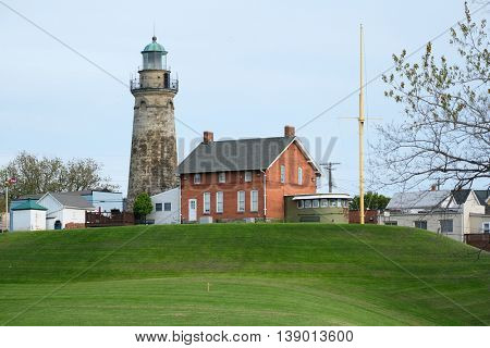 Old Fairport Harbor Lighthouse, built in 1825, Lake Erie, Ohio, USA