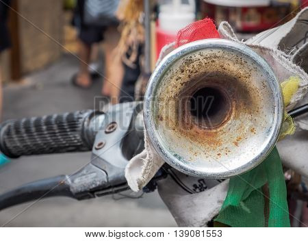 Vintage air horn signal for bicycles, Selective focus with place your text