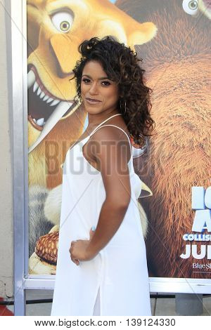 LOS ANGELES - JUL 17:  Vivian Lamolli at the 'Ice Age: Collision Course' at the 20th Century Fox Lot on July 17, 2016 in Los Angeles, CA