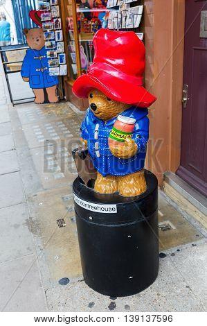 Paddington Bear At At A Shop On The Portobello Road In Notting Hill, London, Uk