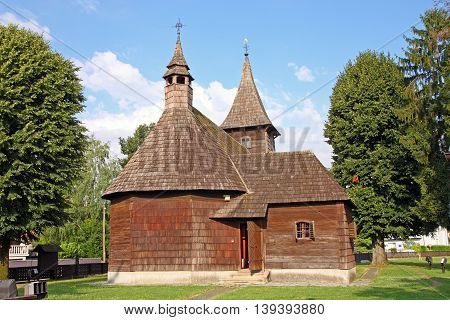 The chapel of St. Barbara Velika Mlaka is an example of the folk wooden sacral architecture of Baroque in Croatia