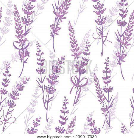 Lavender Bouquets Purple Vector Seamless Pattern. Beautiful Violet Lavender Retro Background. Elegan