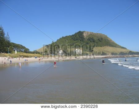 Mt Maunganui - The Mount And Beach