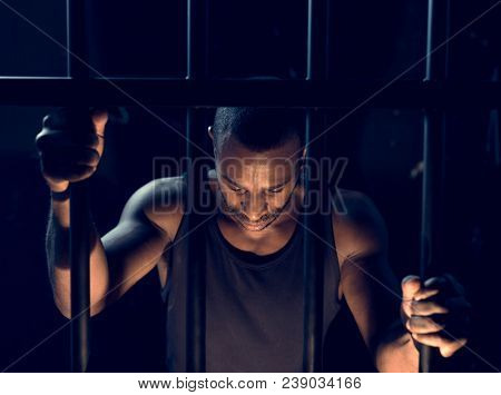 A man arrest in the jail