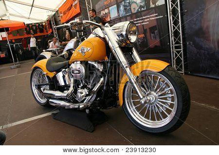 FAAKER vidět, Rakousko - 10. září: Vlastní motocykly jsou zobrazeny na evropské Bike Week na září
