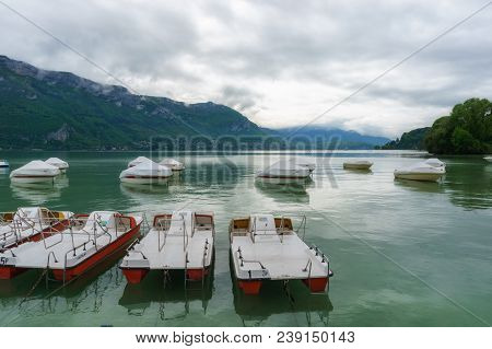 France, Annecy - May 01, 2018: Annecy Lake During The Winter (france - Haute Savoie)